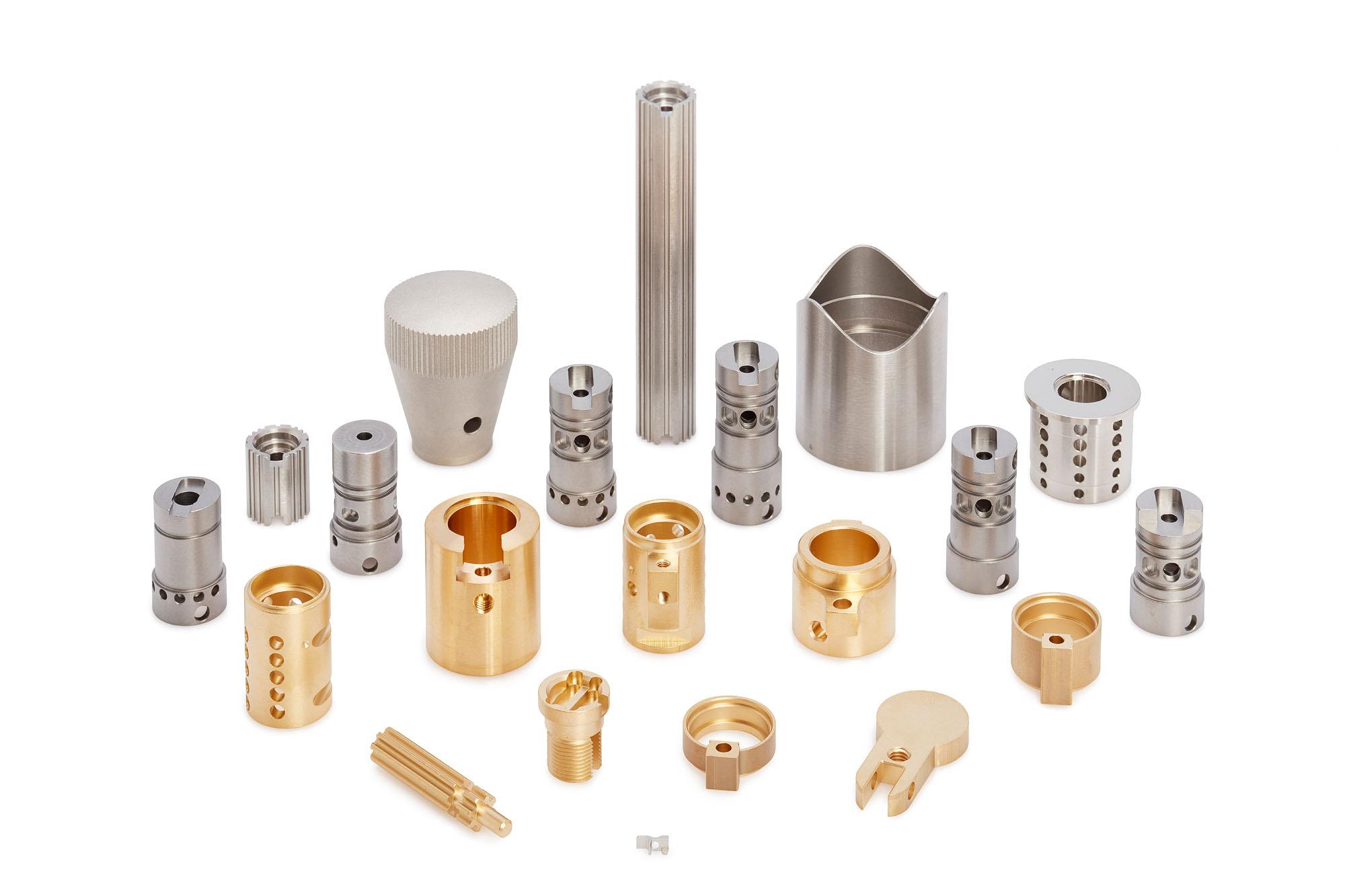 Abbildungen verschiedener Bestandteile der Schließtechnik